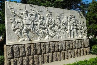 人物石材浮雕